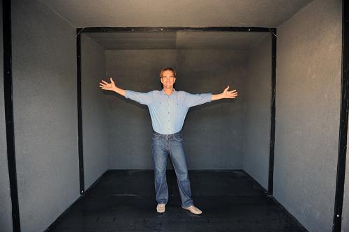 Vault doors vault room doors storm shelter doors safe for Custom panic room